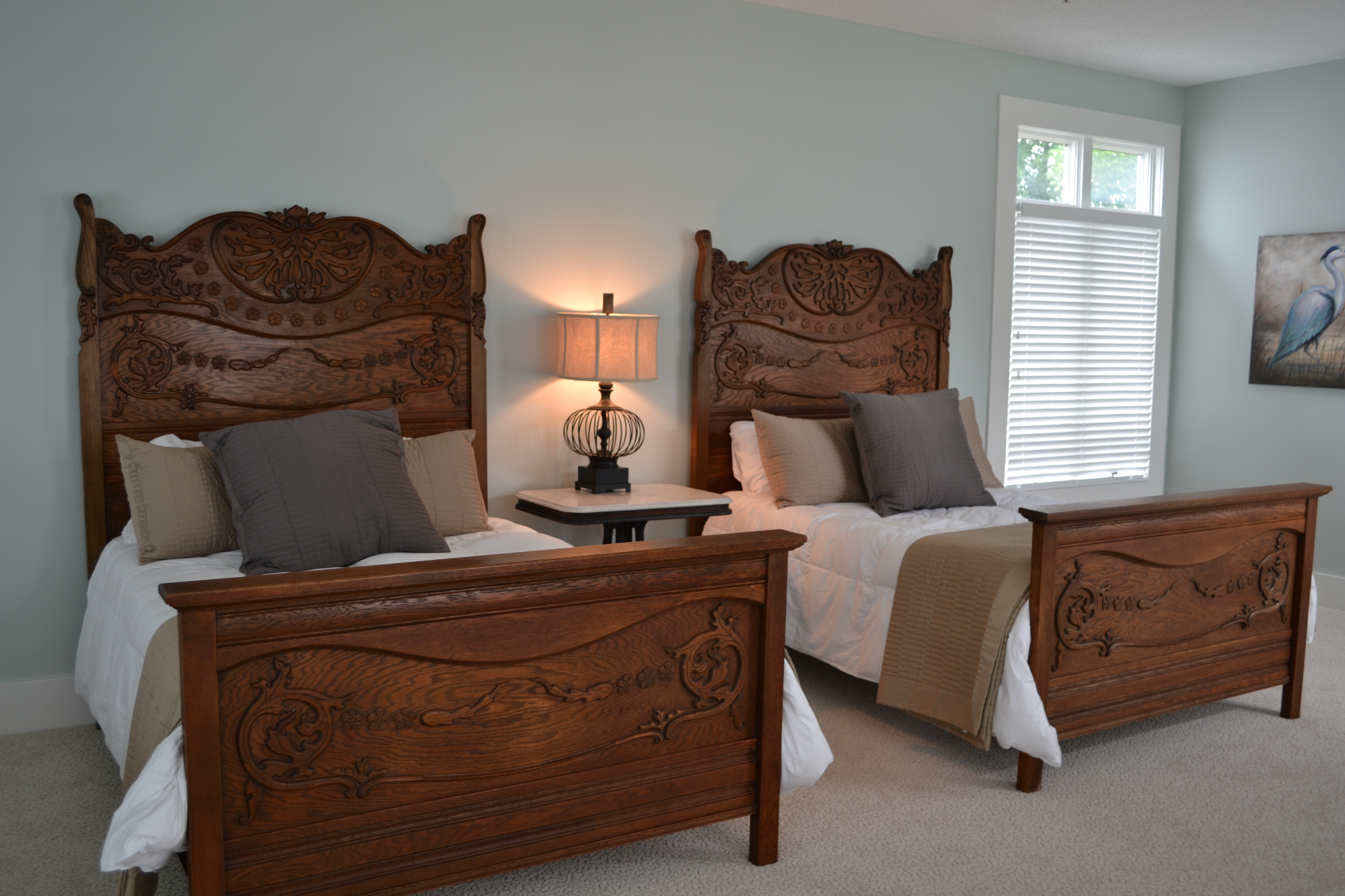 Queen Anne Bedroom Suite Queen Annes Lace A River Forest Manor